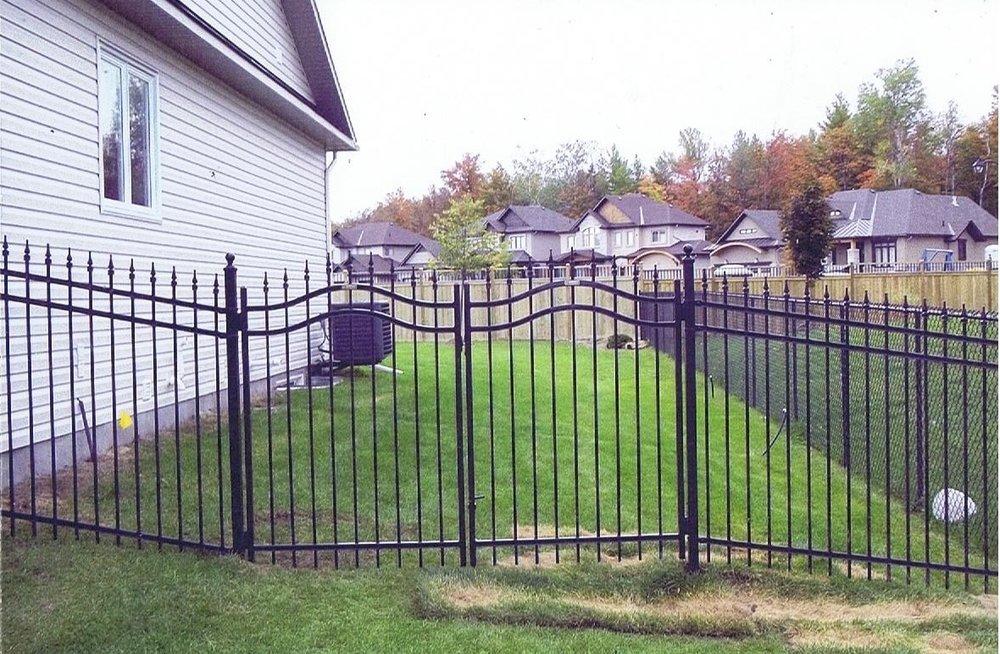Fence 2b.jpg