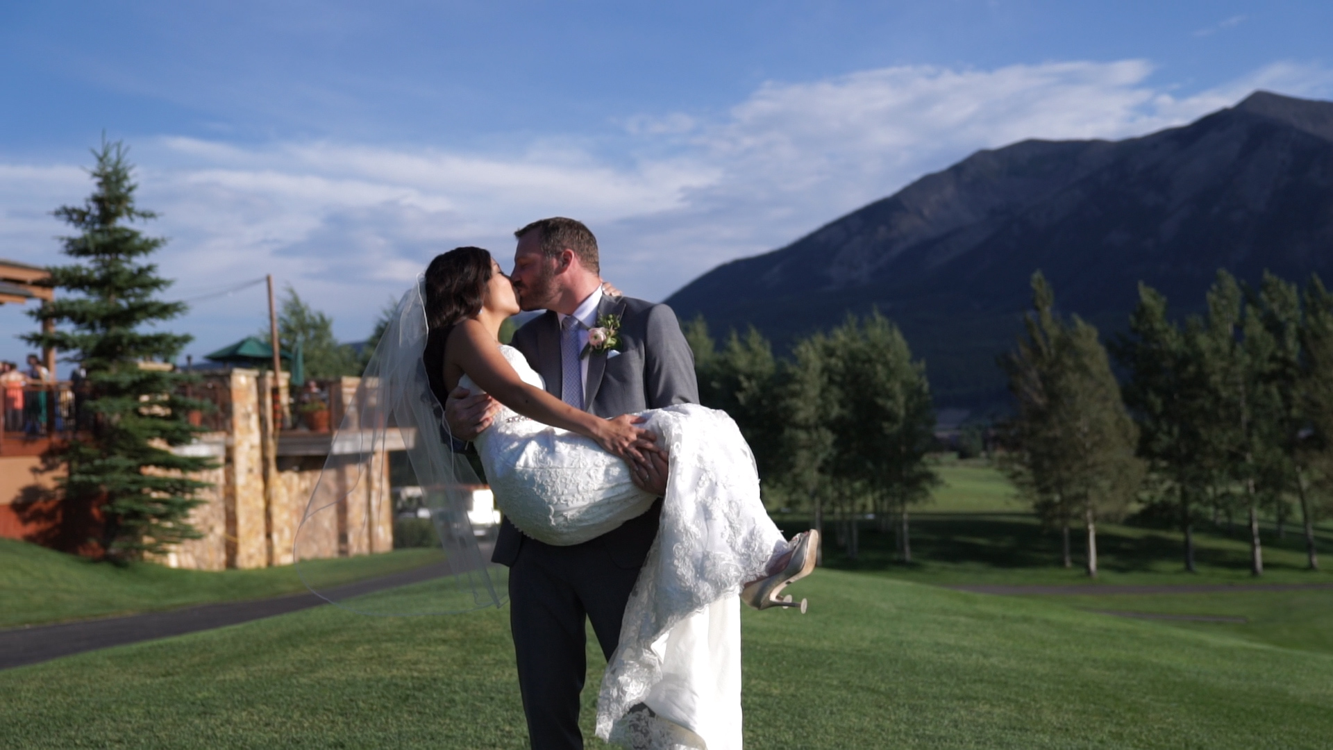 SOMOH MIKES DESTINATION WEDDING IN CRESTED BUTTE COLORADO