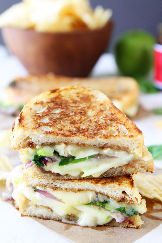 Brie-Fig-and-Apple-Grilled-Cheese-5.jpg