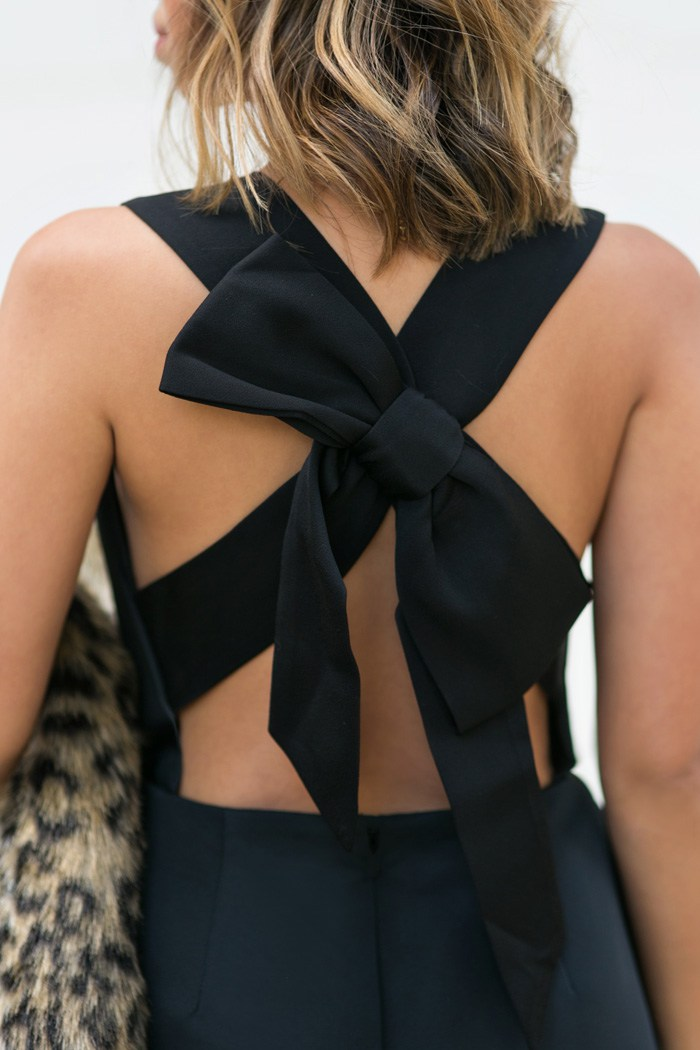 How-to-wear-a-bow-as-an-adult-the-everygirl-9.jpg