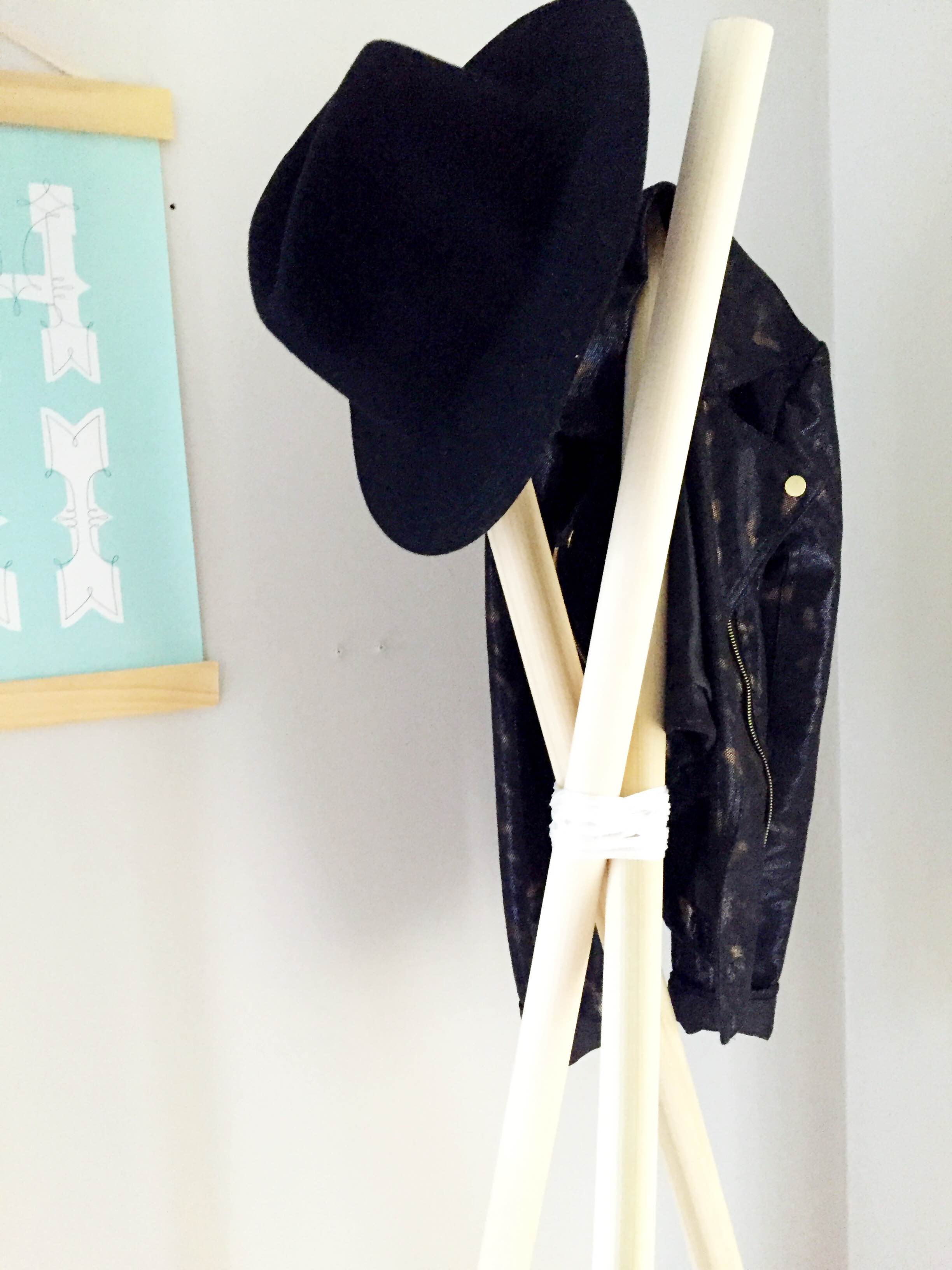 DIY Wooden Coat Rack