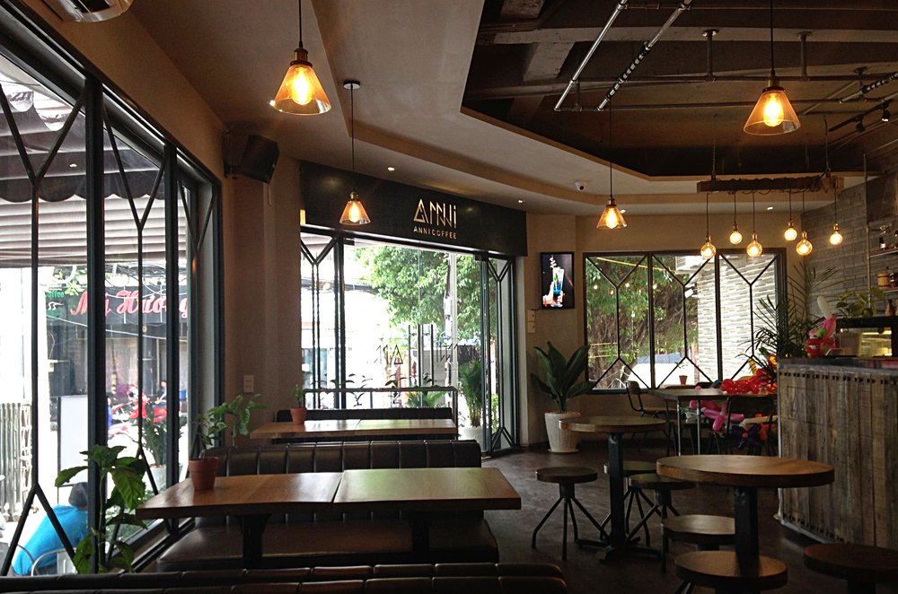 ANNI Coffee. The place in Go Vap District where I typed this blog.