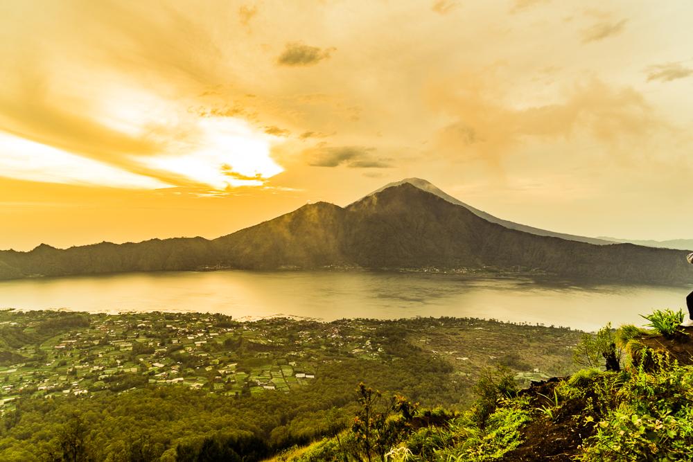 Mount Batur Sunrise Hike (14 of 37).jpg