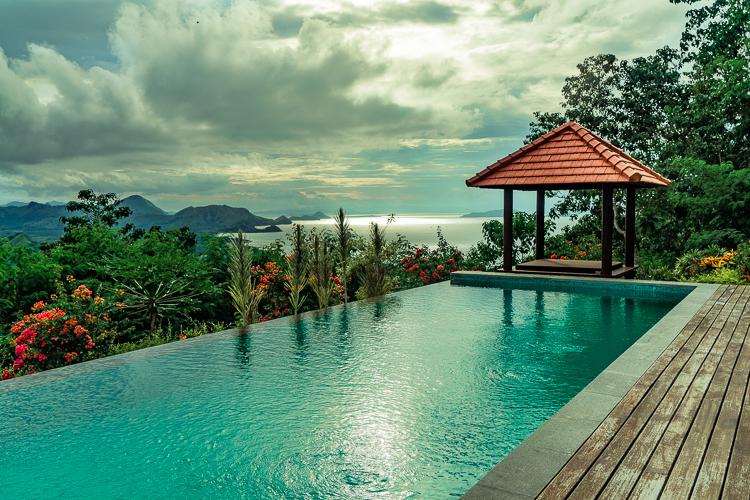 Villa Domanik Pool View