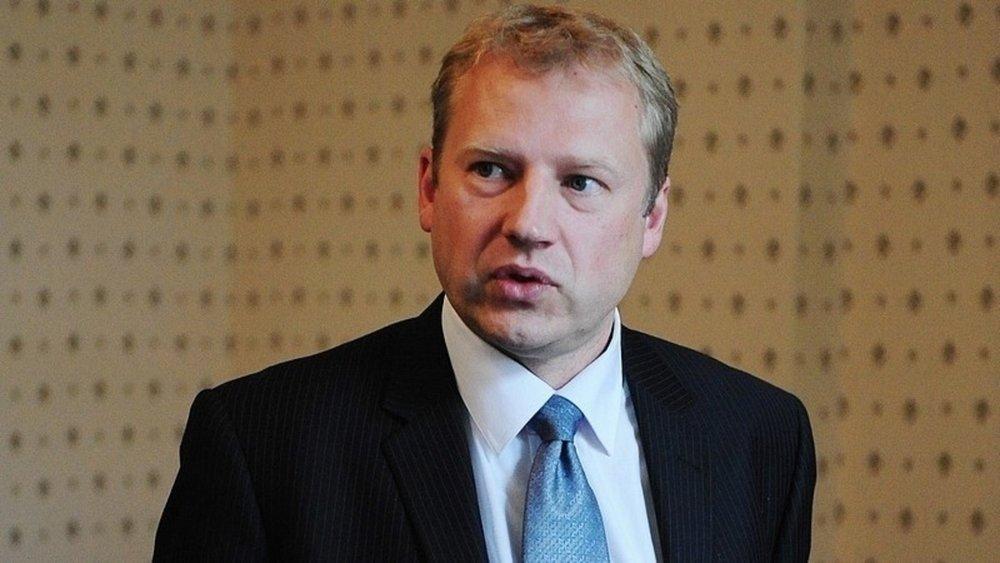 Rainer Saks - Ajaloolane, Presidendi Kantselei direktor, Teabeameti peadirektor, Välisministeeriumi kantsler