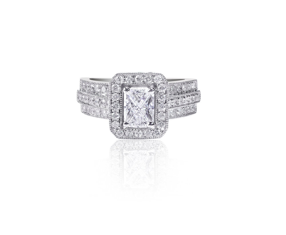 Cushion Cut Diamond Engagement Set