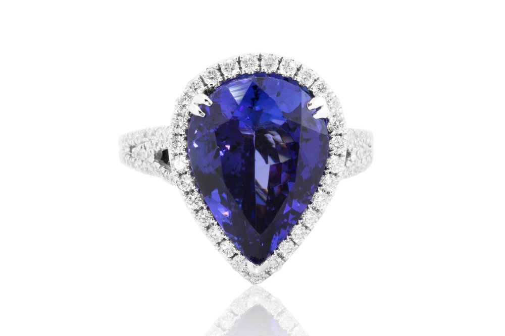 Pear Shape Blue Sapphie Diamond Ring