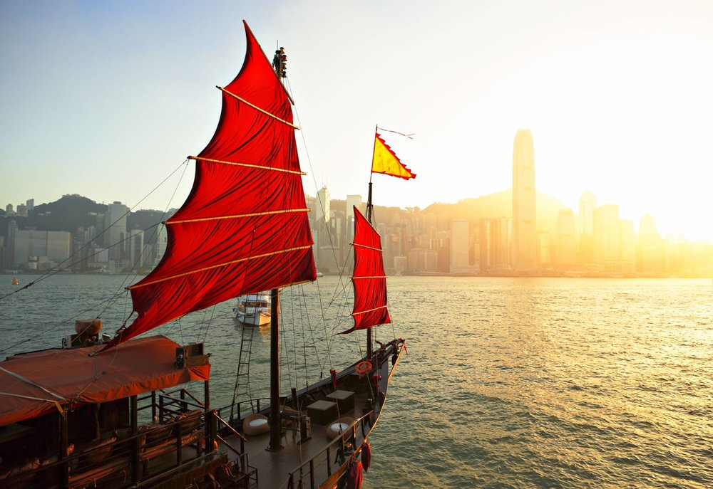 Enjoy Hong Kong Beautiful Skyline