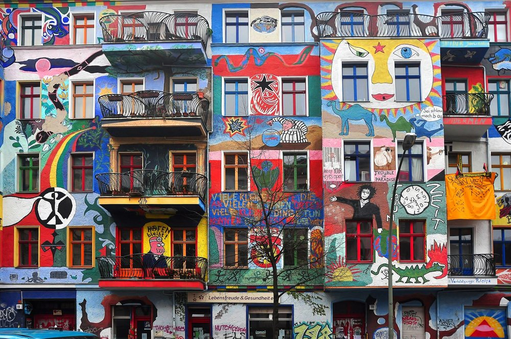 Wow! Graffiti House in Easten Berlin