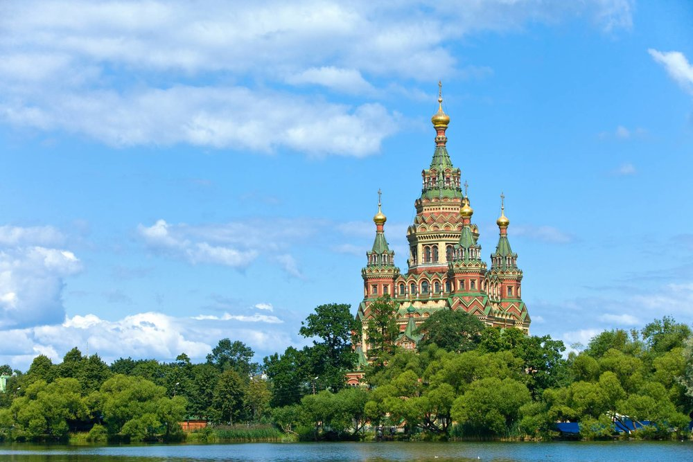 St. Petersburg Travel Guide for iPhone, iPad and AppleWatch