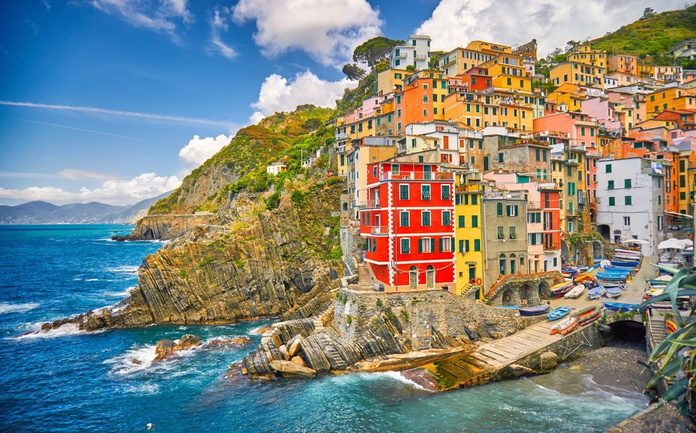 Cinque Terre Travel Guide for iPhone, iPad and iPod