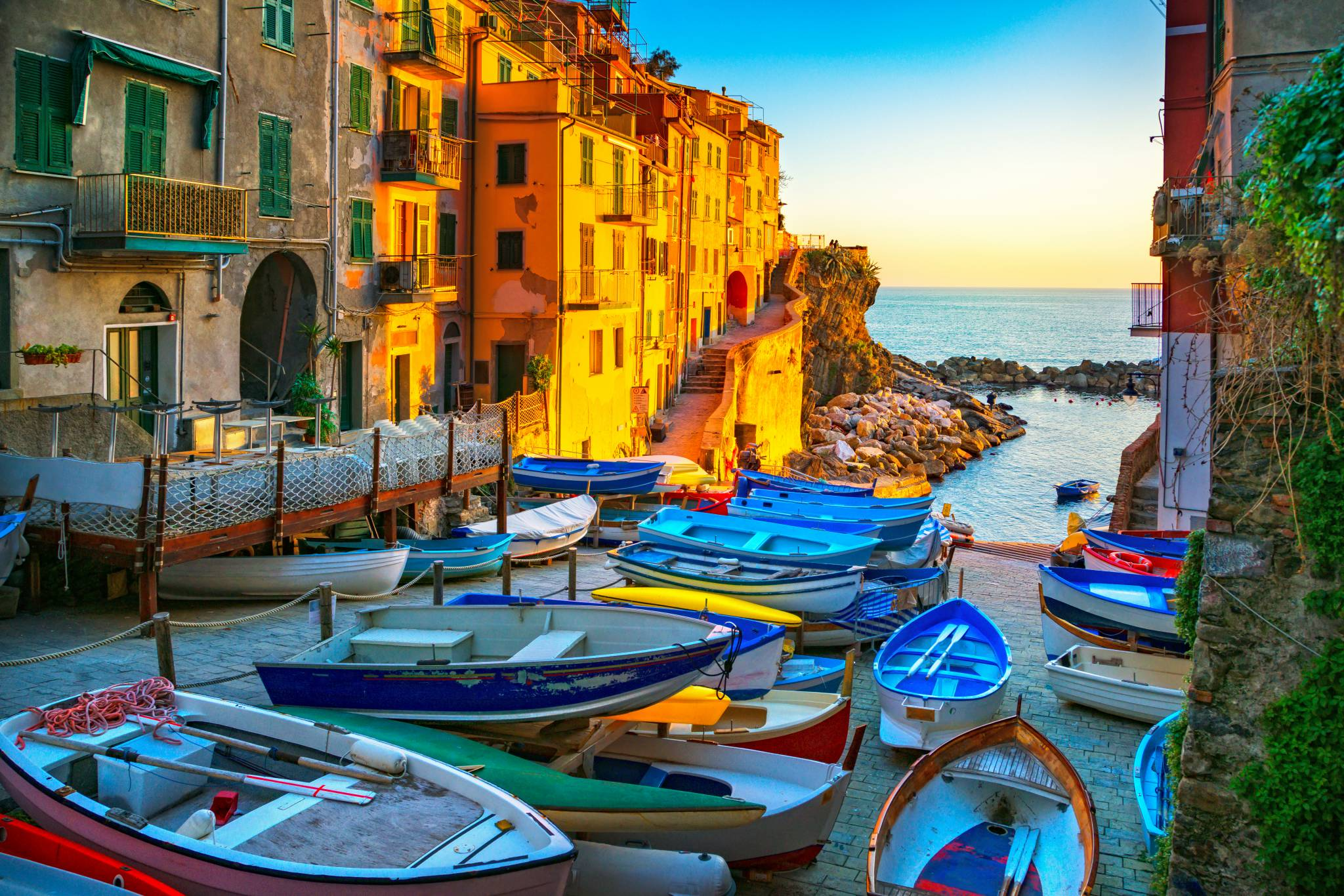 3 towns you should visit in cinque terre — etips - travel apps with