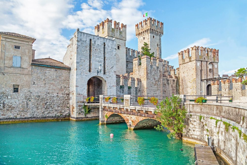 Visit Lake Garda Sirmione with eTips Travel Guide for iPhone, iPad & Appleawatch