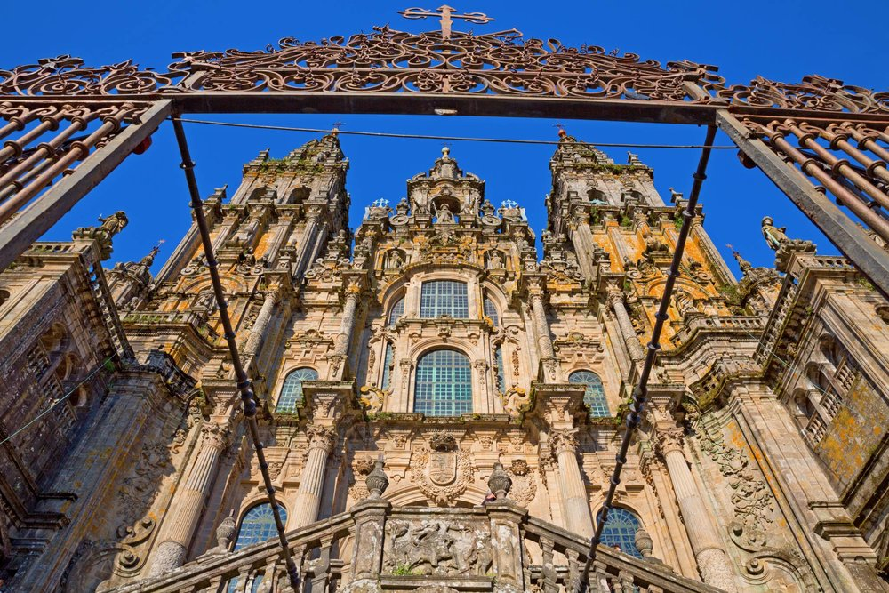 Santiago de Compostela Travel Guide for iPhone and iPad