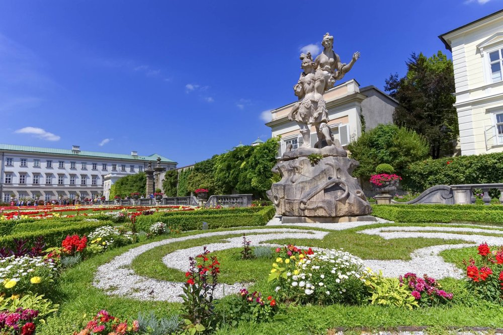 Salzburg Travel Guide for iPhone, iPad and AppleWatch