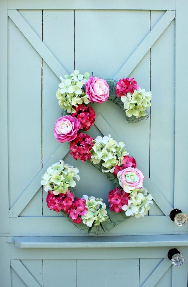 monogram-floral231.jpg