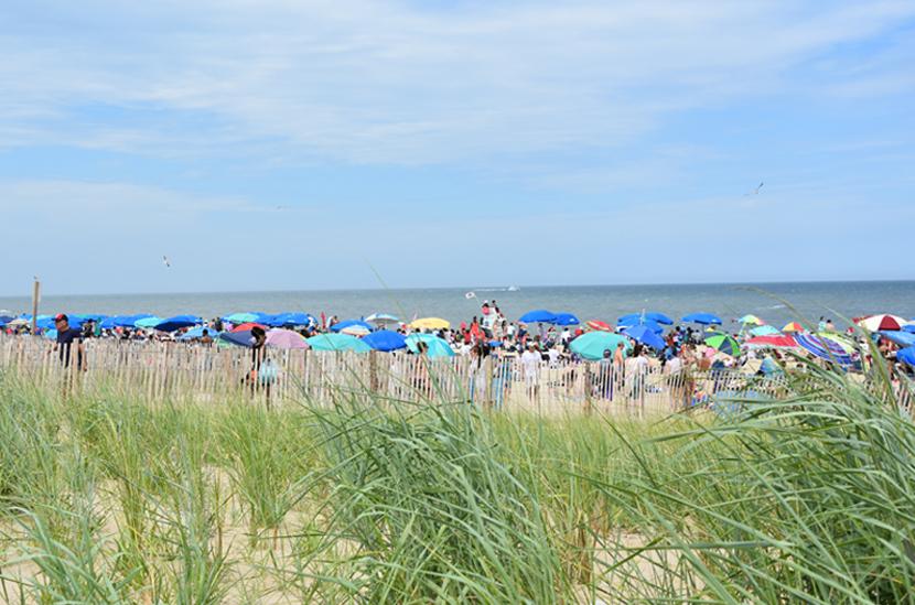 CoastalResortCommunities_beach-umbrellas.jpg