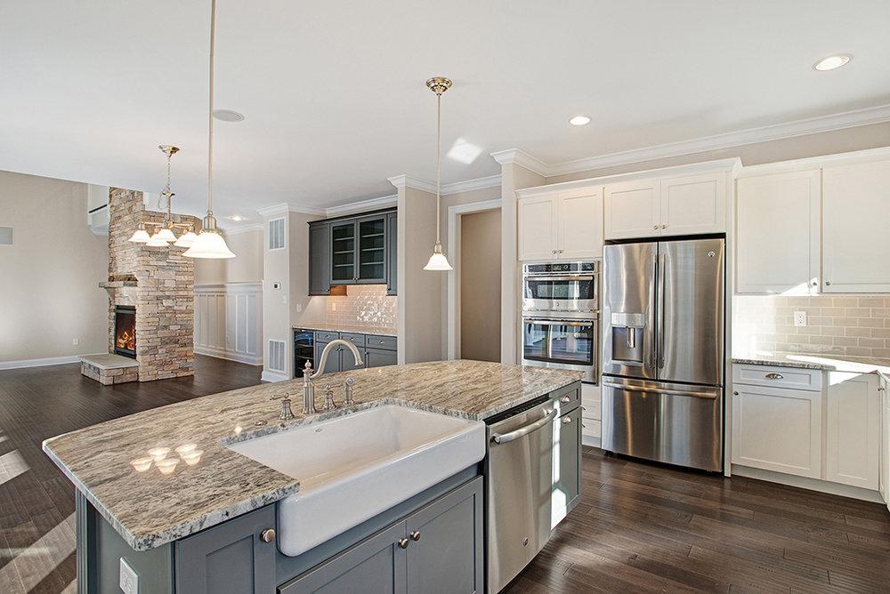 CanalfrontBuilders_Delaware-kitchen.jpg