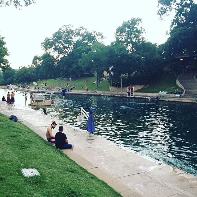 Wishing you a happy Summer Solstice from Barton Springs Pool! #summersolstice #summer #bartonsprings #bartonspringpool #longestdayoftheyear #getoutside #microadventure #austin #texas