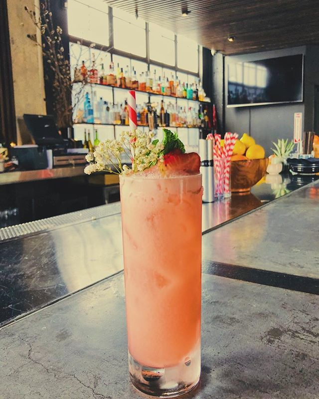 Now open for lunch Mon-Fri! Come try our new strawberry shortcake inspired cocktail, the Pillow Book 😉 The perfect drink for a sunny Spring day! 🍹☀️ #uptownoakland #oaklandeats #eastbayfood #craftcocktails