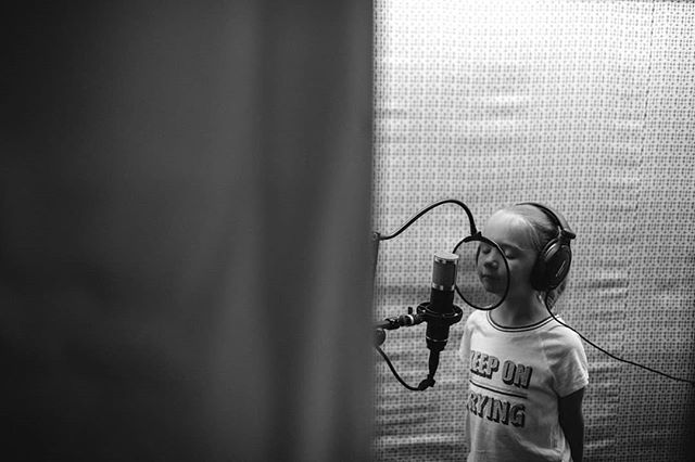 We have had the pleasure of working with an exceptional voice talent for a little project we've got in the works. Young Claire pictured giving those vocal chords a work out.  Thanks @becmathesonphotography for sharing your photos and your talented little lady!  #productiontime #voiceacting #kidstv #animation #myheart #watchthisspace