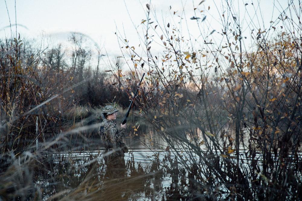 portland-oregon-pdx-pnw-waterfowl-duck-hunting-camo-swamp-mallard-ducks-geese-goose-shotgun-gun-hunters-decoys-gylfphe-photography-documentary-22