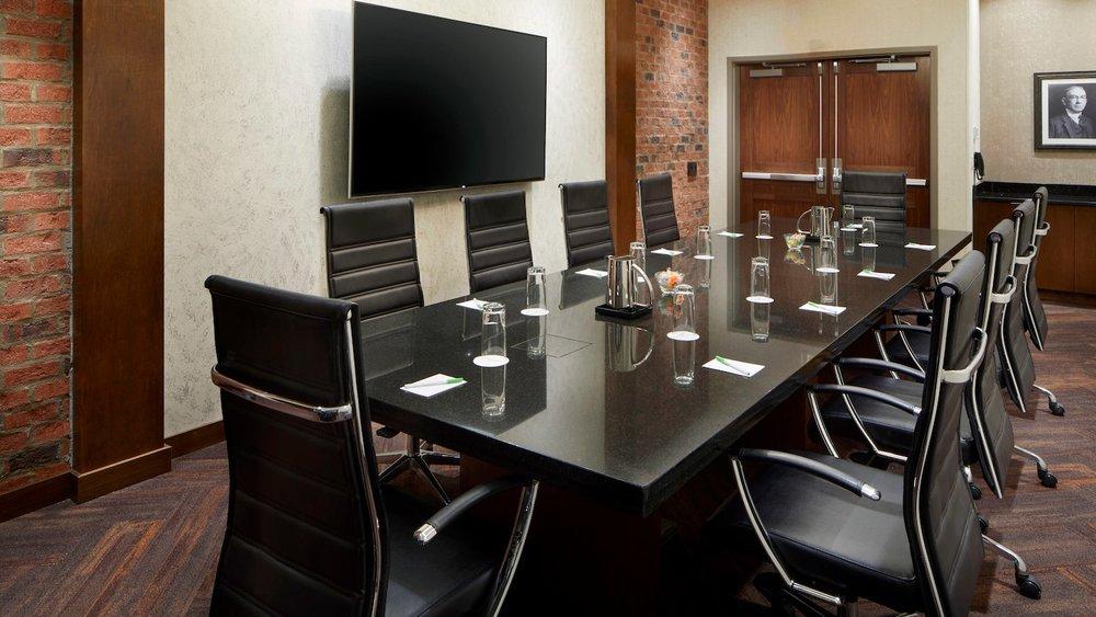 cltft-boardroom-0033-hor-wide.jpg