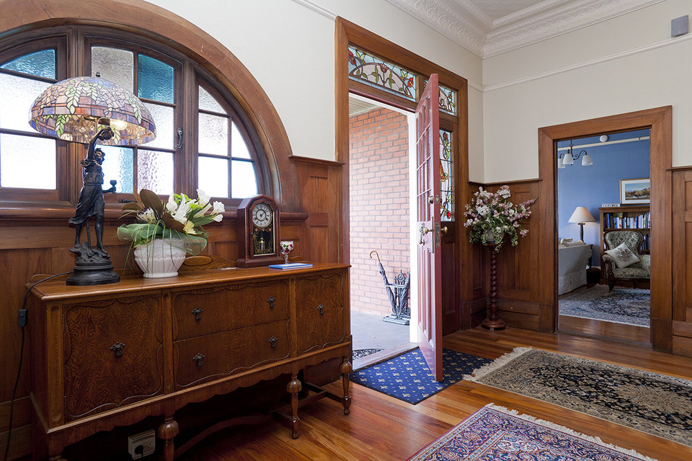 FOYER THROUGH TO SITTING ROOM.jpg
