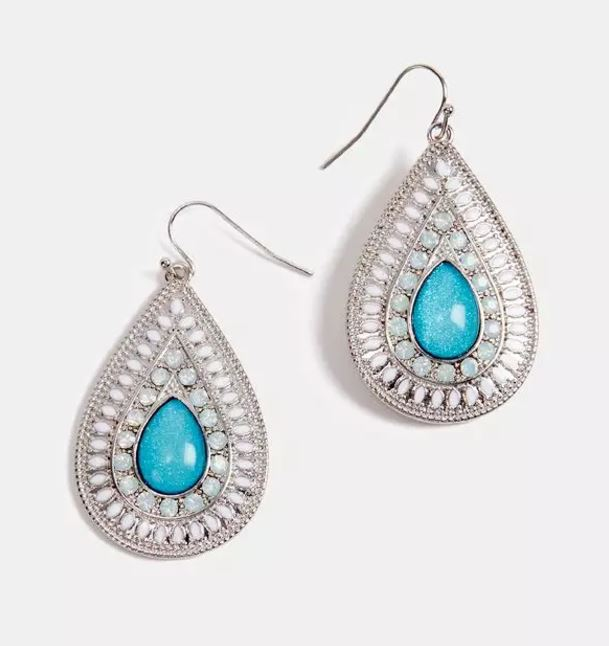 Be bold & beautiful with these gorgeous  drop earrings