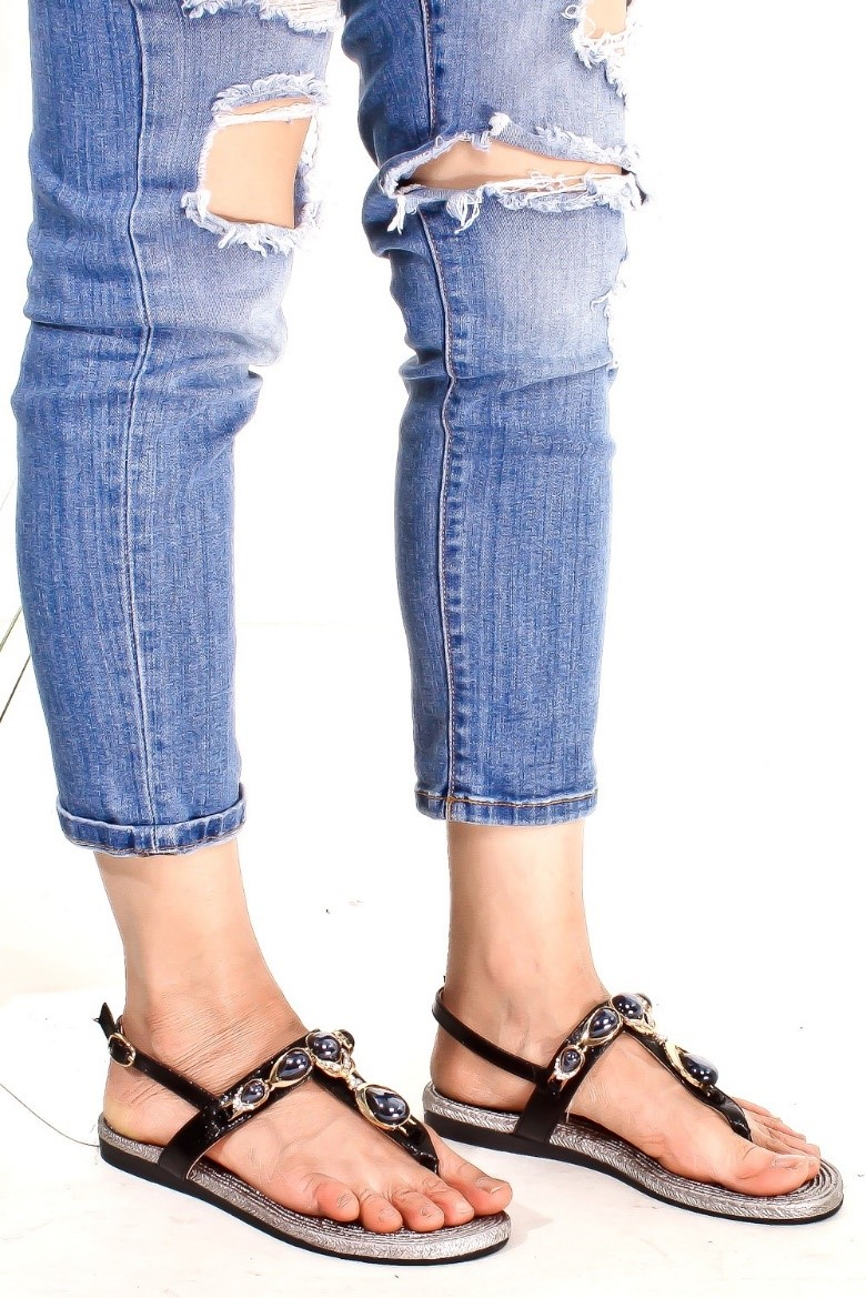 Casual flats are a great and comfy alternative to heels or wedges. Check out these sandals and more  here