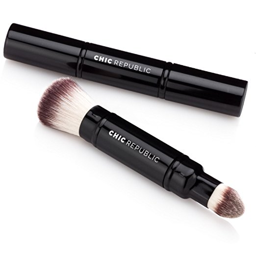 Wedding-Day-Photo-Ready-Makeup-Brush