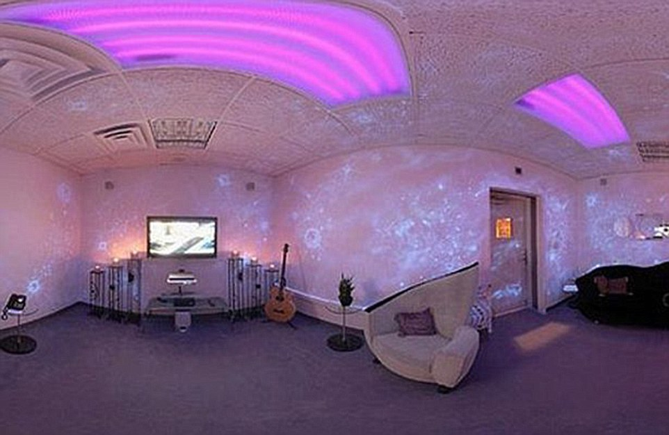 Purple-Room.jpg