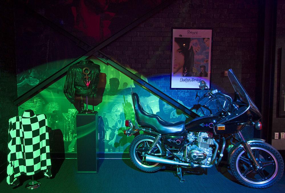 Paisley-Museum-Image1.jpg