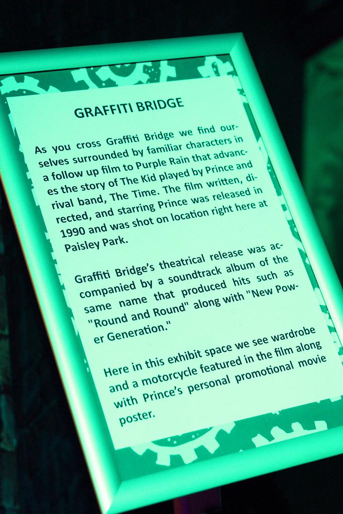 Paisley-Museum-Grafitti-Bridge.jpg