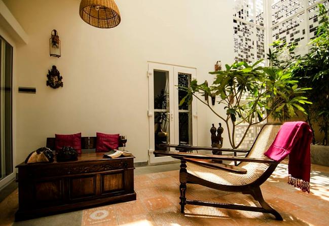 Ficus-landscape-bangalore-courtyard-house-garden-01