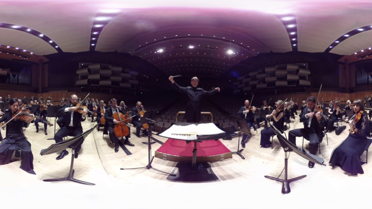 Esa-Pekka Salonen conducts the Philharmonia Orchestra in a virtual reality experiment by the London-based orchestra. (Philharmonia Orchestra)