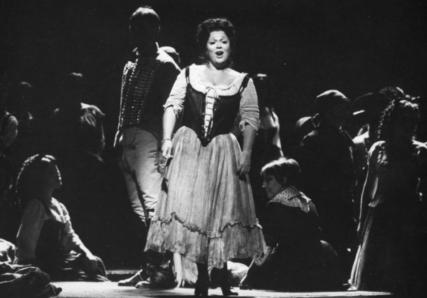 Marilyn Horne performing the title role of Carmen in 1972