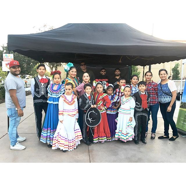 Our @greenleafevents  team with folklor la morenita dance team