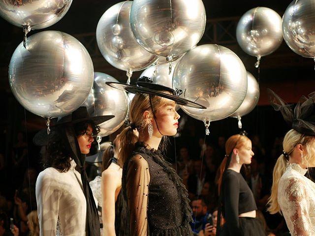 Harper's Bazaar runway finale 🎈 #vamff #harpersbazaar