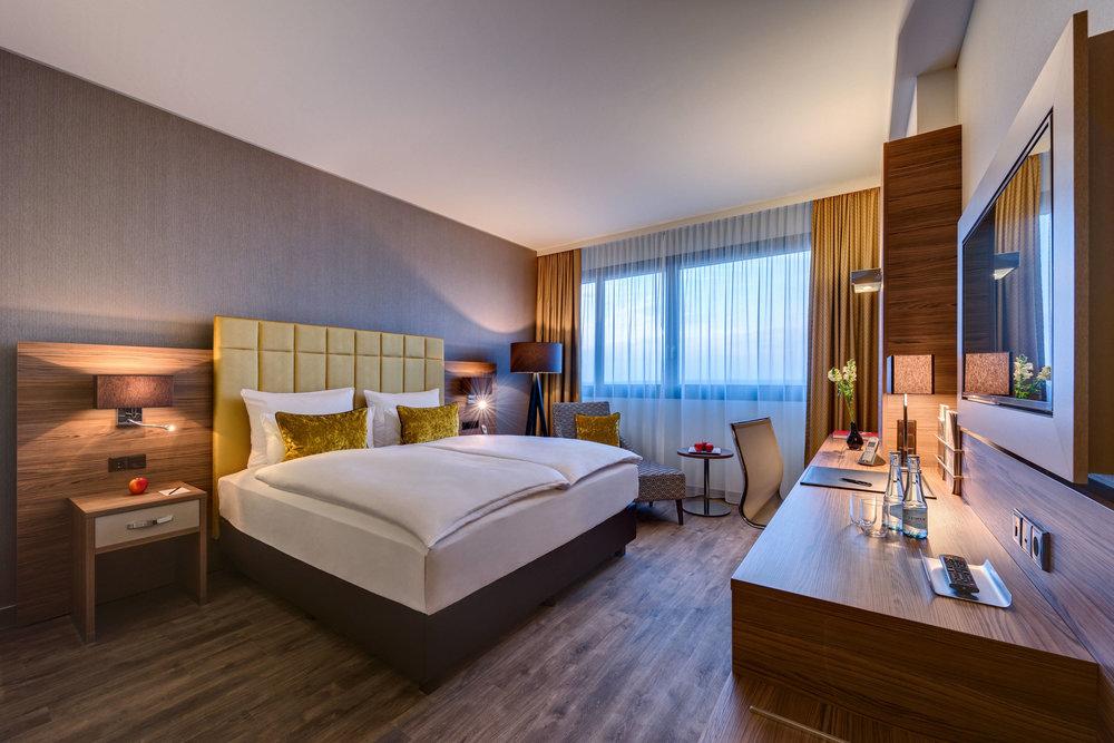 cgnbo-guestroom-0005-hor-clsc.jpg