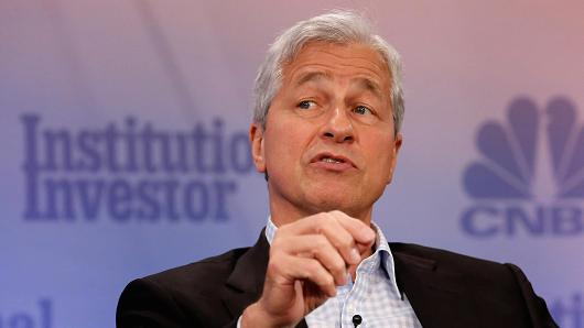 Jamie Dimon is betting big on the technology behind 'fraud' bitcoin. - October 16, 2017 | Article from the CNBC by Evelyn Cheng