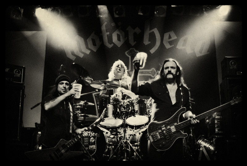 England, Newcastle, November 2008, Lemmy Kilmister, Phil Campbell and Mikkey Dee having a dring during a live show.