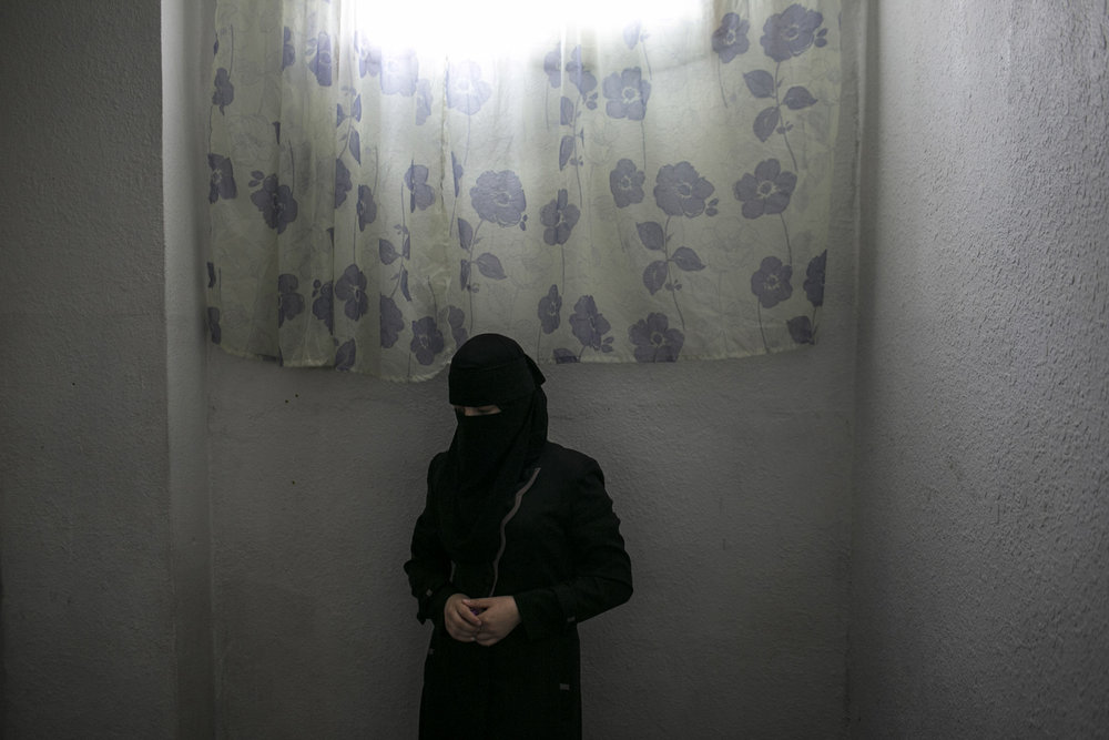 Jordan,2013,Samira, a 22 year old female head of house hold with four young children. She fled Homs with her small children, while her husband insisted on staying to look after their home and assets. She learned four months ago that her husband had been murdered.