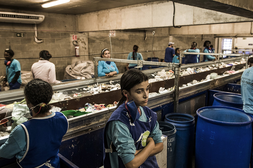 Brazil, São Paulo, 05 December 2016Transbordo Ponte Pequena is a waste transfer station (there are three in the city), which processes 5000 tons a day. There is also the only sorting station in Sao Paulo. They process about 90 tons a day of waste, which could be maximum 250 tons. The equipment which is used is advanced, but often poses mechanical issues due to the dampness of the waste in Sao Paulo.Kadir van Lohuizen / NOOR