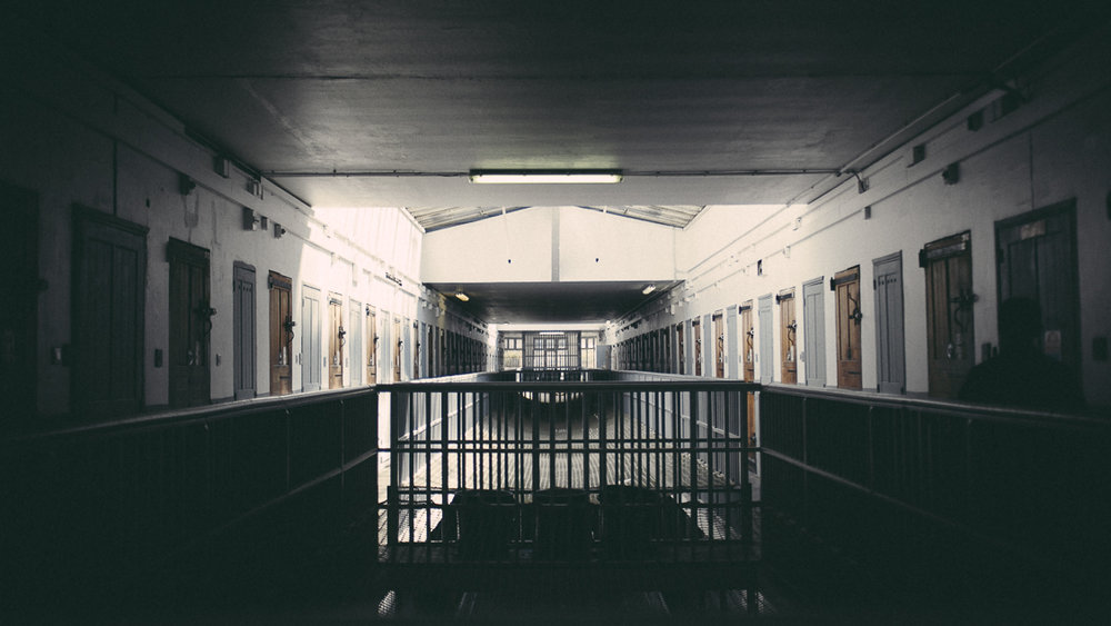 France, Marseille, 9 september 2014.The inside of the prison, men's department, on the first floor. Les Baumettes prison was built between 1933 and 1939. According to the administration plan, this ancient site will be destroyed and the prisoners transferred to a new, more modern structure.Francesca Todde / NOOR