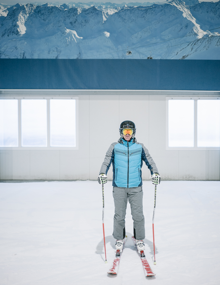 Skier at the indoor ski slope. Bispingen, Germany. 12/2017.