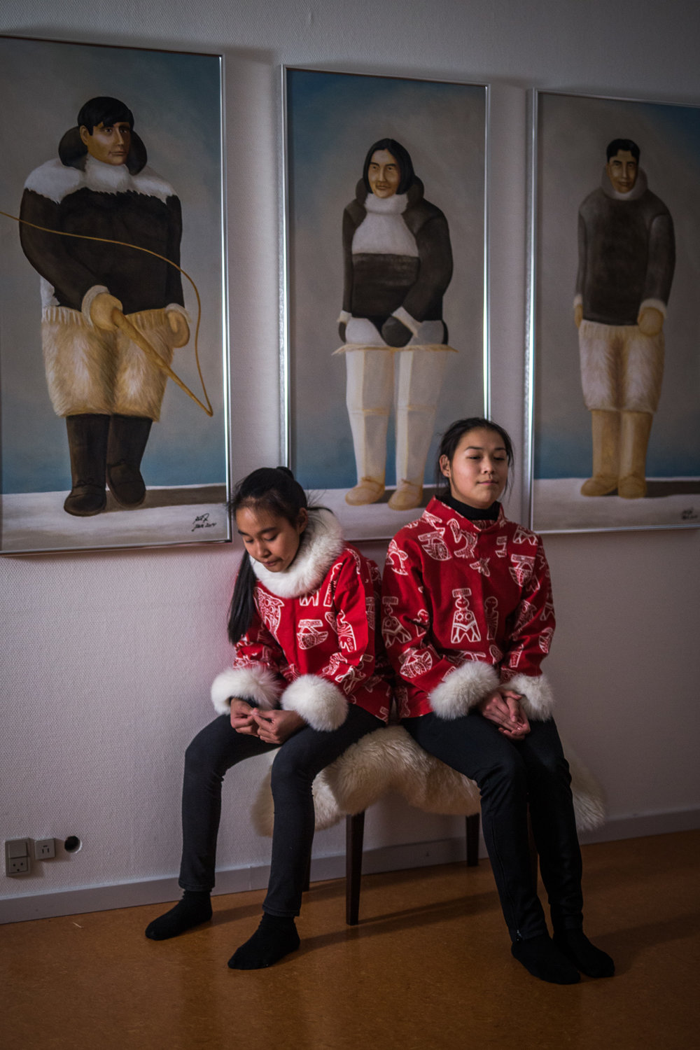 Children and Paintings