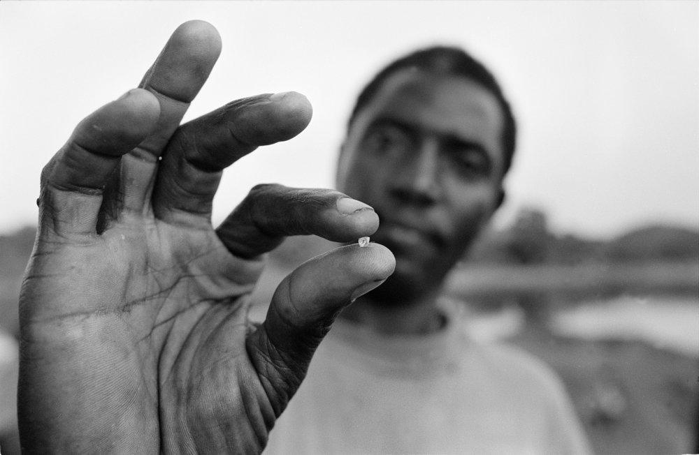 Sierra Leone, 2004, Diamond found at the Sewa River.