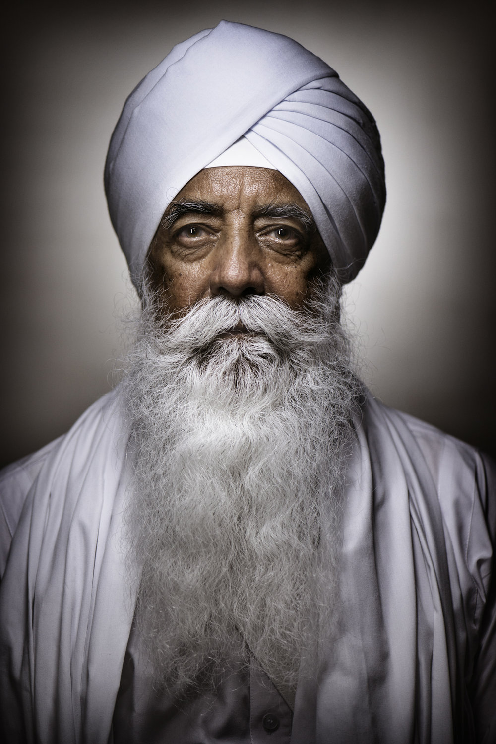 """Bhai Sahib Bhai Mohinder SinghGuru Nanak Nishkam Sewak JathaUnited KingdomWorld religious leaders gathered in Rome, Italy, to take part to the 27th inter-religious peace summit hosted by the Community of Sant'Egidio, an Italian based Catholic lay association with a network of members spreading over 60 countries.The summit, held from September 29 through October 1, this year reflected on """"The Courage to Hope"""", with 32 panel discussions on topics including the crisis in Syria, inter-religious dialogue, ecumenism, immigration, urban societies and violence on women.Sant'Egidio has held the summit every year in several international locations since October 1986, as an annual follow up to the inter-religious day of prayer organised by Pope John Paul II in Assisi, hometown of Saint Francis and a symbol of peace.Among the 400 participants hailing from 60 different countries were religious leaders (representatives of the Catholic, Orthodox, Anglican and Protestant churches, Muslim and Jewish leaders, delegates from the other major religions), as well as key figures of the European and international political and cultural scene."""