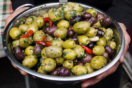 stefanos-food-jules-olives-minehead-farmers-market.jpg